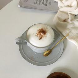 빈티지모던 커피잔