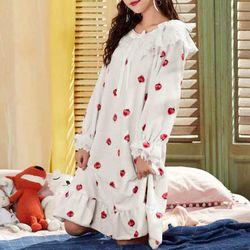 딸기 퍼 레이스 극세사 수면 잠옷 원피스