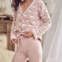 딸기 피케 뽀송면 극세사 상하세트 잠옷 가디건 나시 팬츠 3in1