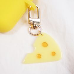찍찍이의 치즈 에어팟 키링