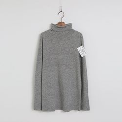 Hoega Cashmere N Wool Joan Turtleneck Knit