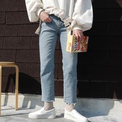 Daily light color denim pants