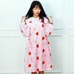 [무료배송] 딸기는맛있어 고급 수면 원피스