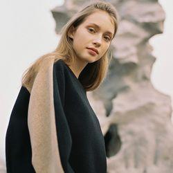 Italian Wool VOLUME TOP BLACK