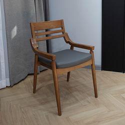 피타 식탁 의자