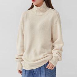 neck button polar knit