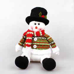 크리스마스 앉아있는 눈사람인형
