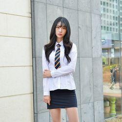 프리미엄 각카라 그레이체크 스판 여성 화이트 셔츠