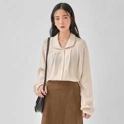 rund collar blouse