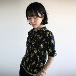 floral half-sleeve collar knit (2colors)