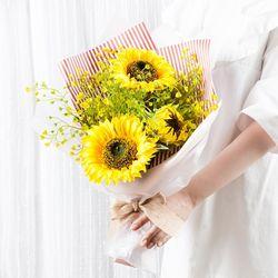 조화 꽃다발 브라이트 선플라워 유칼리 부케