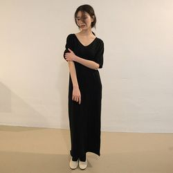 v-neck long knit one-piece (2colors)