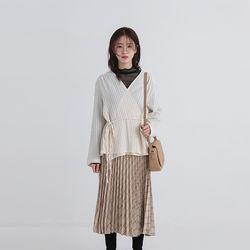 line lap blouse (2colors)