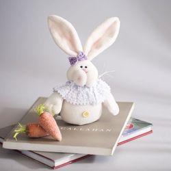 리본 토끼 인형