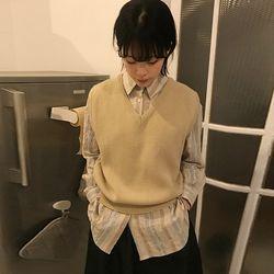 v-neck knit vest (3colors)