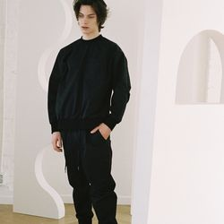 CRISPY JOGGER PANTS BLACK