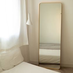 골드 프레임 거울