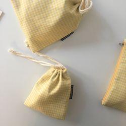 옐로 체크 스트링 파우치(Yellow check string pouch)-medium