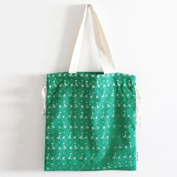 green lace bag