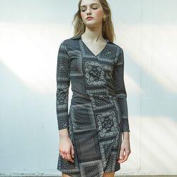 Paisley Shirring Dress Black