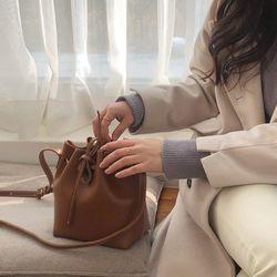 nest bag - brown
