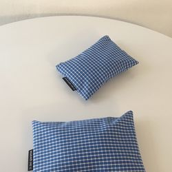 블루 체크 파우치(Blue check pouch)-medium