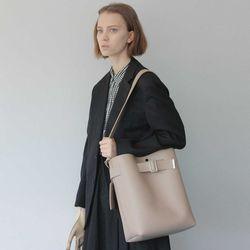 SISTER BELTED SHOULDER BAG(beige)