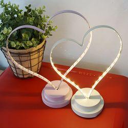 하트 철제 LED 조명-아이보리 소