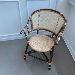 다크브라운 라탄 의자