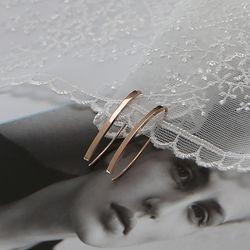14K 오픈 플랫 라인 귀걸이