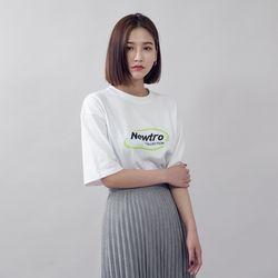[로코식스] 뉴트로 레터링 박스 티셔츠