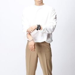 [매트블랙] 볼륨 스판 긴팔 티셔츠