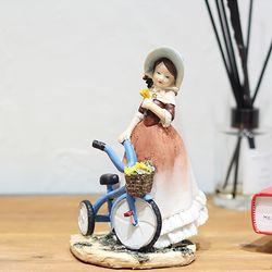 플로랄 소녀 장식 자전거