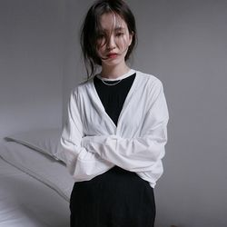 kitch crop lap robe cardigan (white)