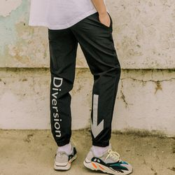 LAMC SIGN JOGGER PANTS (BLACK)