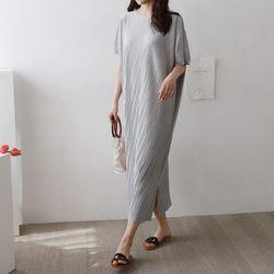 Pleats Long Dress