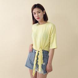[로코식스] 프릴 디테일 레이온 티셔츠
