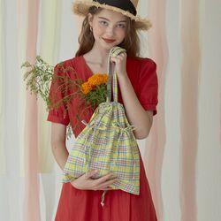 [가죽 키링 증정] DUSK string bag - Check Yellow