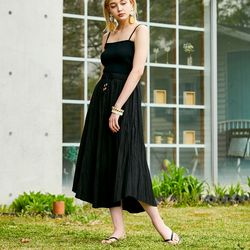 COTTON CREASE LONG SKIRT BLACK
