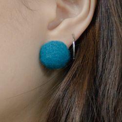 Odd earring (Teal Green)