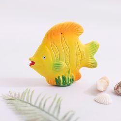 석고 노란 물고기
