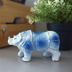 청 도자기 코뿔소