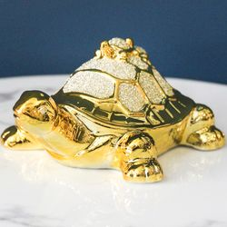 황금 거북이 인테리어 소품