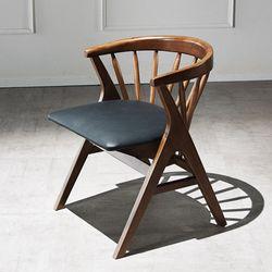 그로잉 원목 의자