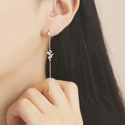 플라워 드롭 롱체인 귀걸이 OTE119515QPW