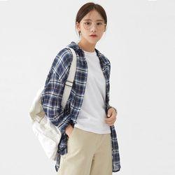 wear doll check shirts