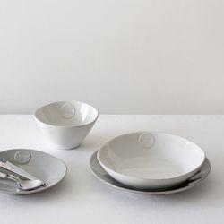 CASAFINA 포럼 메인 접시- 디너 접시 27cm