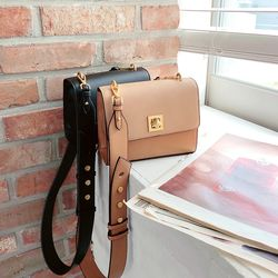 데니시 스퀘어 미니 크로스백 2colors(AG2M9903DA)