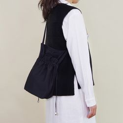 Bohemy 바스킷 백 -블랙