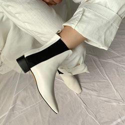 New Anouck Chelsea Boots